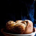 Rezept fuer einen leckeren Zimt-Hefekranz + Hefeteig Tipps
