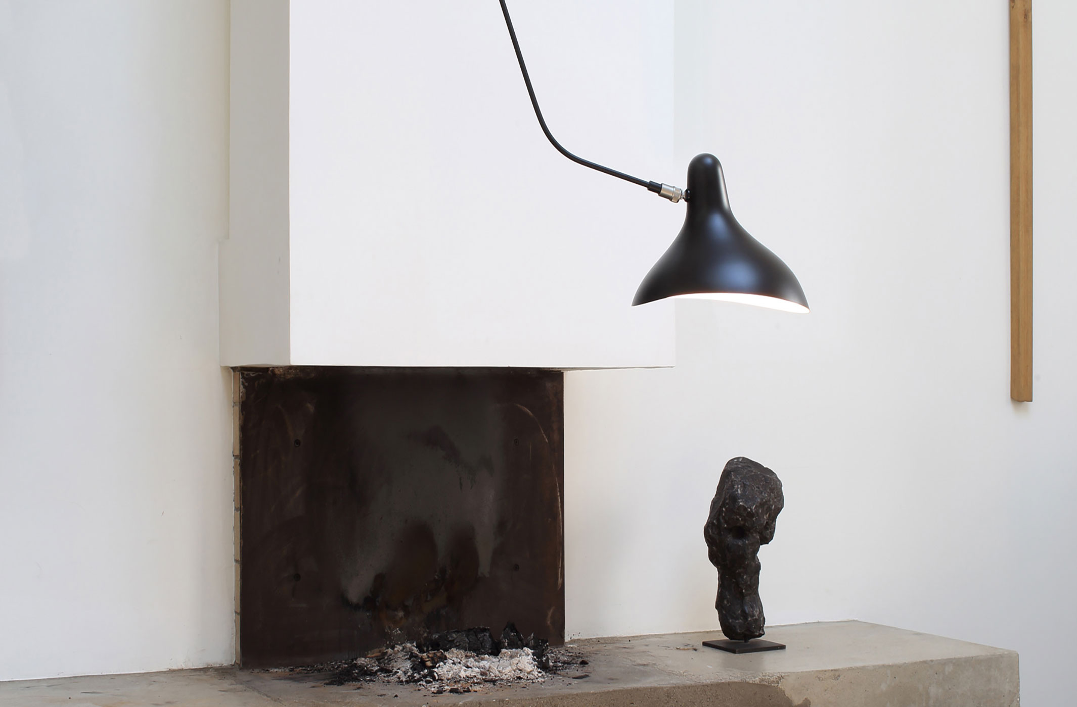 dcw-mantis-bs4-ceiling-lamp-black-2