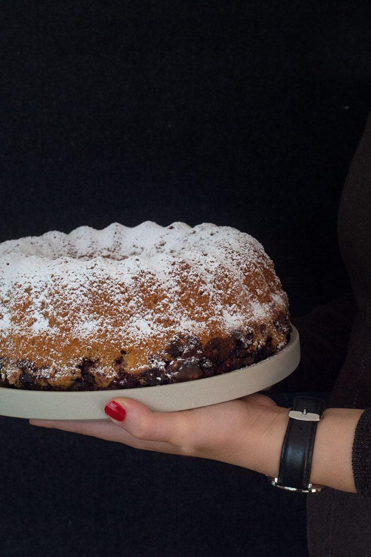 Marmorkuchen mit Beeren